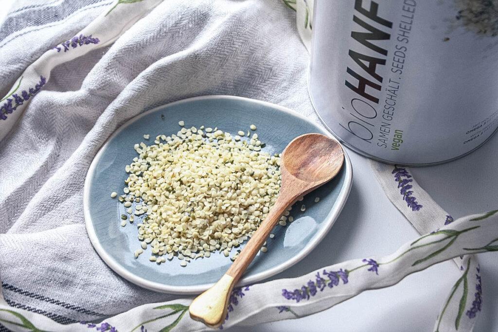 Hanfsamen – ideal als Salat Topping